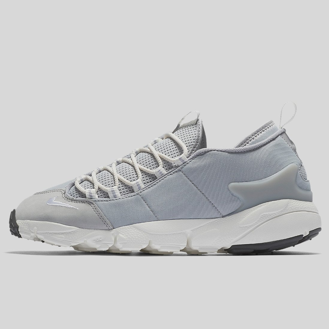 NIKE AIR FOOTSCAPE NM WOLF GREY SUMMIT WHITE Unisex Running Shoes WOLF GREY/SUMMIT WHITE 852629-003